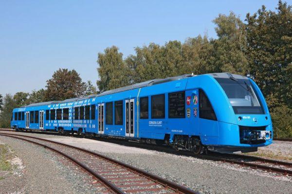 hydrogen-fuel-cells-train-01