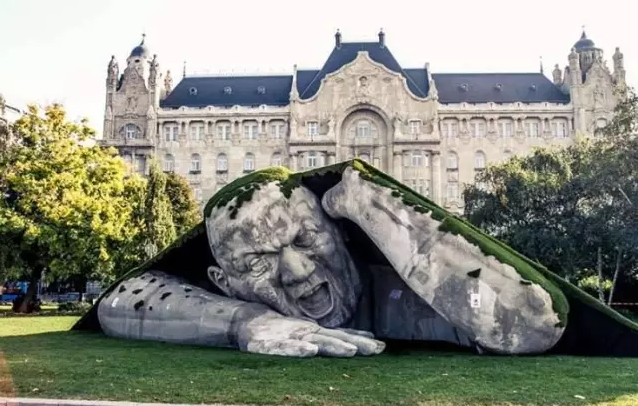 the-most-unique-30-sculptures-in-the-world-13