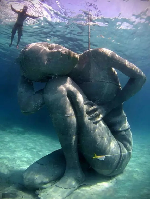 the-most-unique-30-sculptures-in-the-world-19