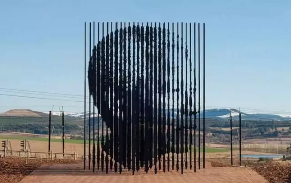 the-most-unique-30-sculptures-in-the-world-26