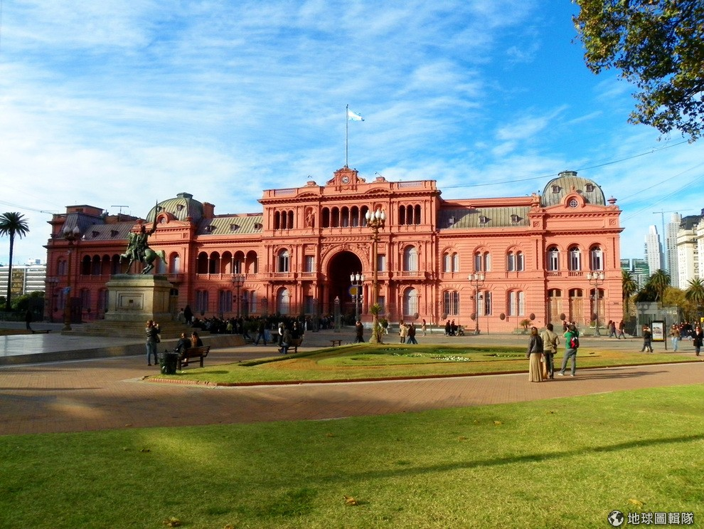 the-worlds-most-beautiful-13-presidential-palace-10