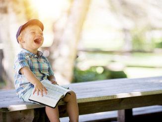 life-understanding-in-laughter-01